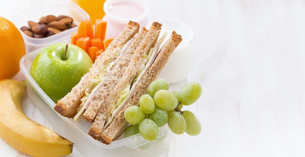 eating healthy with busy lifestyle With your busy day balancing work, school, errands, social events and family, it may be difficult to find the time or energy to eat healthy breakfast is usually a muffin or coffee on the go, and grabbing a pizza seems much less daunting than making lunch or dinner.